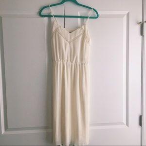 Express Cream Midi Dress • XSmall